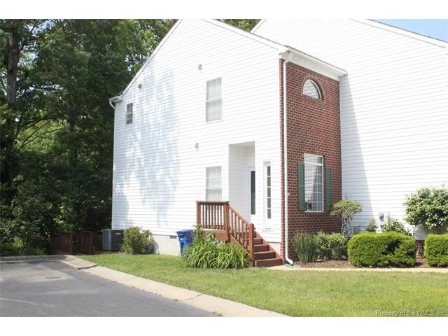 11 Creekmere Cove #11, Newport News, VA 23603 (#1723620) :: Abbitt Realty Co.