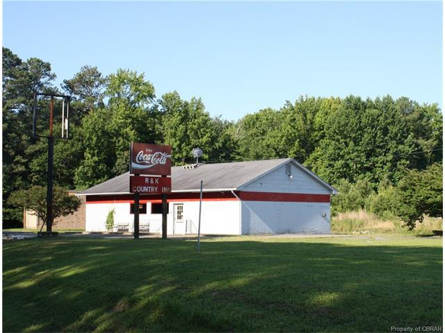 11064 River Road, Lancaster, VA 22503 (MLS #1724532) :: The Ryan Sanford Team