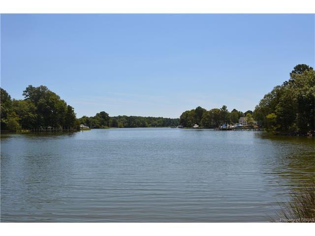 000 Grove Point Road, Kilmarnock, VA 22482 (#1729084) :: Abbitt Realty Co.