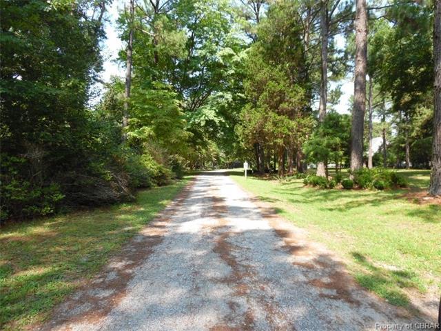 0000 Lisburne Lane, Hayes, VA 23072 (#1730557) :: Abbitt Realty Co.