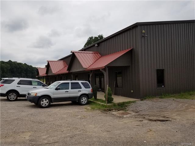 2407 Cox Road, Blackstone, VA 23824 (#1731785) :: Abbitt Realty Co.