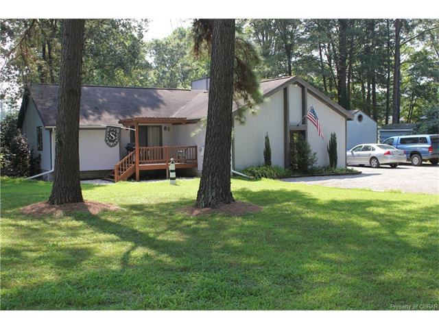 46 Cove View Drive, Mathews, VA 23109 (#1732454) :: Abbitt Realty Co.