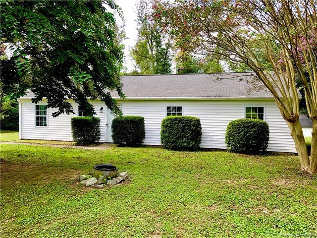 81 Easy Street, Dutton, VA 23050 (MLS #1733291) :: Chantel Ray Real Estate