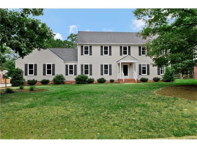 1512 Helmsdale Drive, Henrico, VA 23238 (MLS #1733932) :: Chantel Ray Real Estate