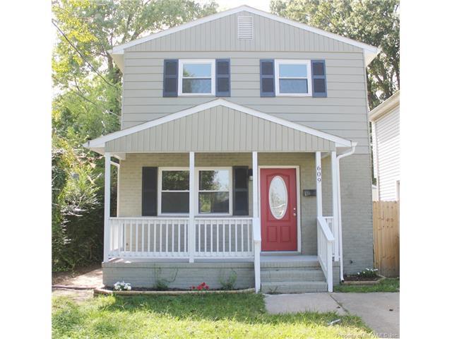 609 Powhatan Parkway, Hampton, VA 23661 (MLS #1734107) :: Chantel Ray Real Estate