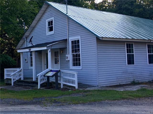 15589 Colonial Road, Milford, VA 22514 (MLS #1734682) :: The Ryan Sanford Team
