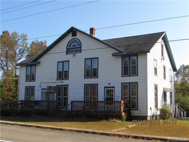 8201 New Kent Highway, New Kent, VA 23124 (MLS #1735452) :: The RVA Group Realty