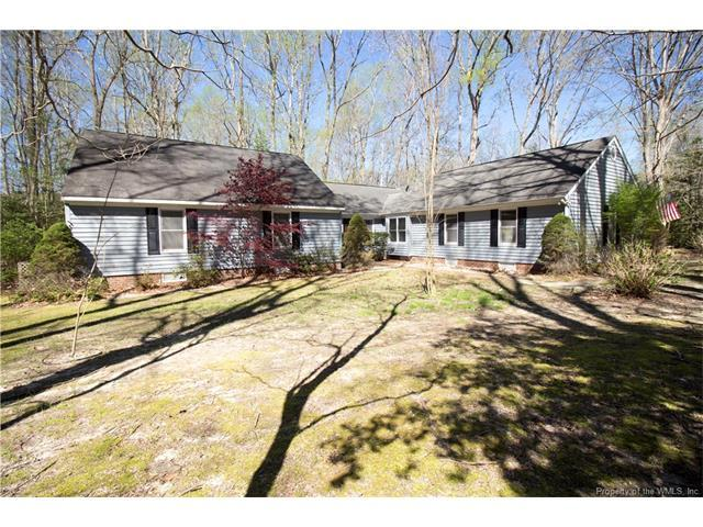 347 Wilton Coves Drive, Hartfield, VA 23071 (MLS #1736645) :: RE/MAX Action Real Estate