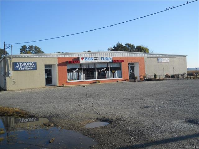 429 Dock Street, Tappahannock, VA 22560 (MLS #1737151) :: The Ryan Sanford Team