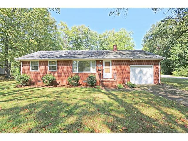 2705 Hampton Highway, Yorktown, VA 23693 (#1737160) :: Abbitt Realty Co.