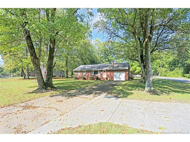2701 Hampton Highway, Yorktown, VA 23693 (#1737164) :: Abbitt Realty Co.