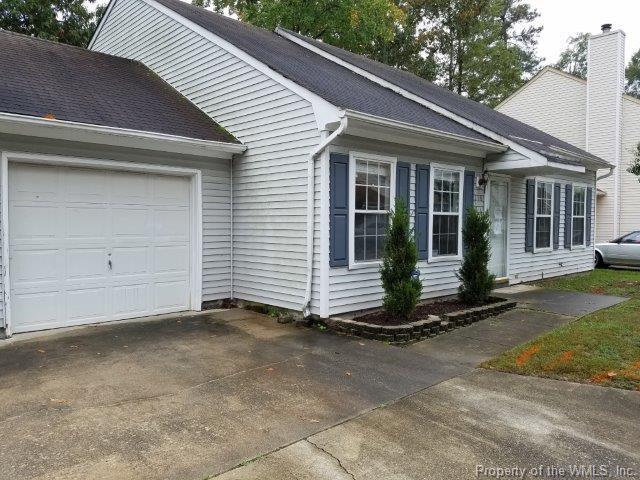 218 Old Bridge Court #365, Newport News, VA 23608 (MLS #1737683) :: Chantel Ray Real Estate