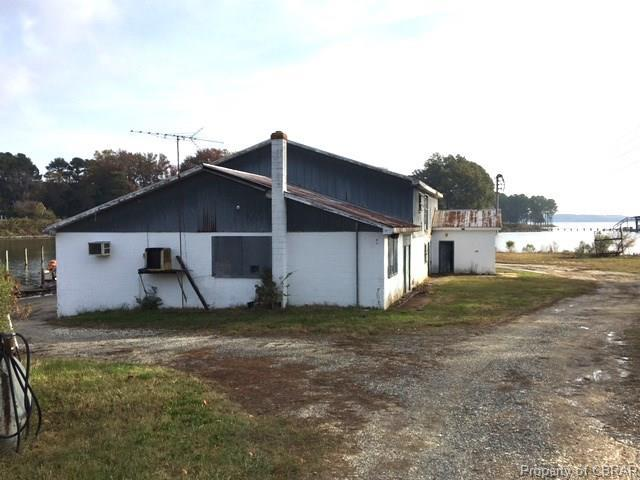 353 Callis Road, Lancaster, VA 22503 (MLS #1740249) :: The Ryan Sanford Team
