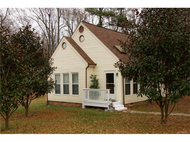 15809 Roland View Drive, Chester, VA 23831 (MLS #1741401) :: EXIT First Realty