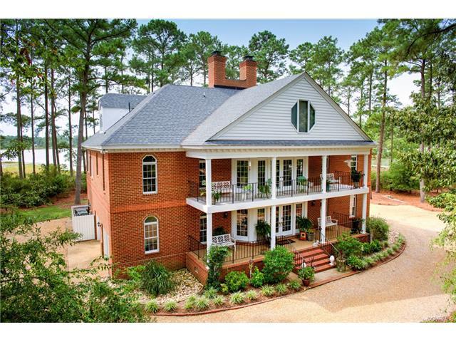 120A Land Grant Road, Yorktown, VA 23692 (MLS #1741732) :: Small & Associates