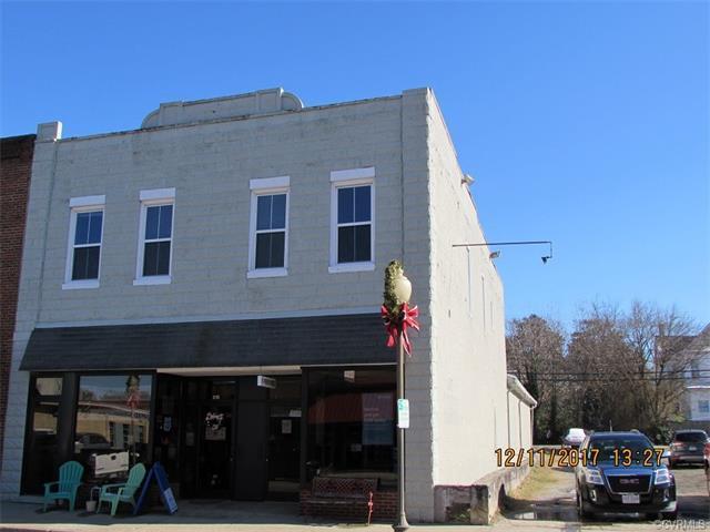 215 S Main Street, Blackstone, VA 23824 (MLS #1742020) :: The Ryan Sanford Team