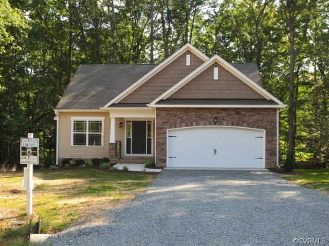 11620 Oakrise Place, New Kent, VA 23124 (MLS #1742707) :: The Ryan Sanford Team