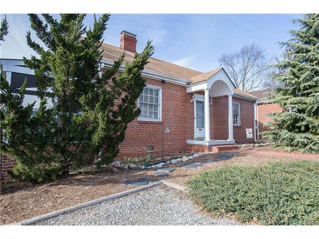 7424 Wentworth Avenue, Henrico, VA 23228 (MLS #1742958) :: The RVA Group Realty