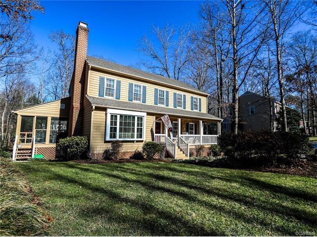 11608 Wood Bluff Loop, North Chesterfield, VA 23236 (MLS #1801439) :: Chantel Ray Real Estate