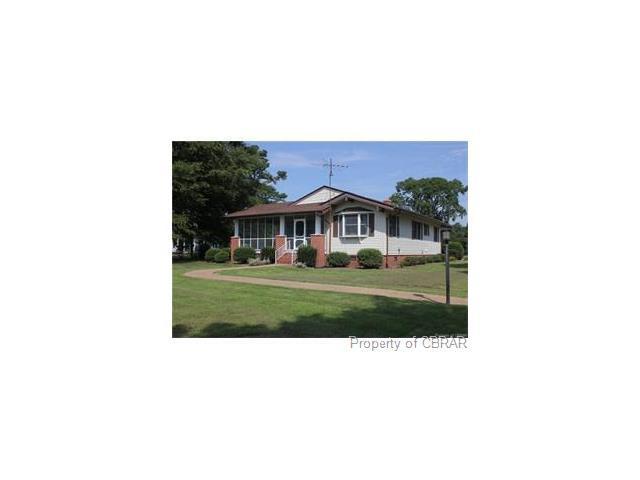 6272 River Road, North, VA 23056 (MLS #1801626) :: Chantel Ray Real Estate