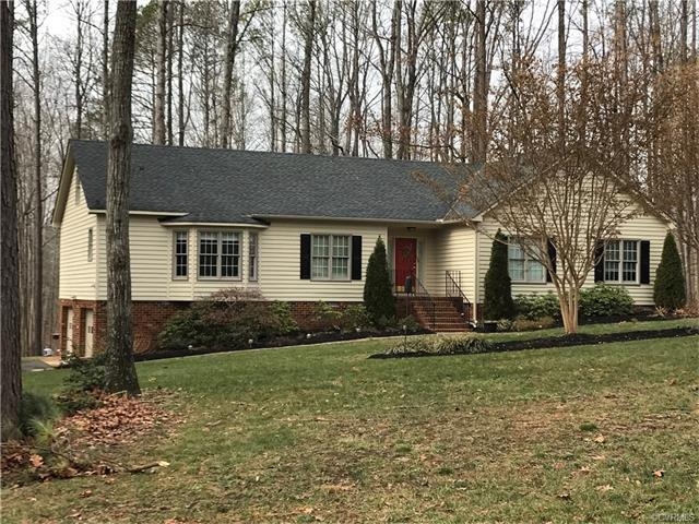 14185 Hollows Drive, Montpelier, VA 23192 (MLS #1801766) :: Small & Associates