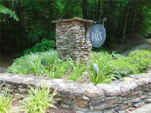 2133 S Henry Street #2, Williamsburg, VA 23185 (MLS #1801862) :: Chantel Ray Real Estate