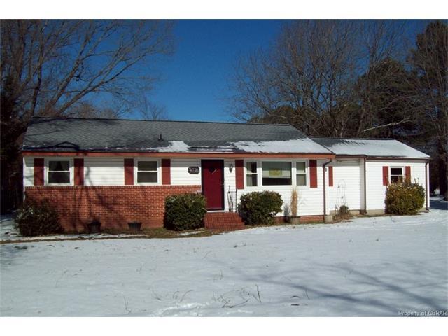 7013 Ashley Street, Hayes, VA 23072 (#1801934) :: Abbitt Realty Co.