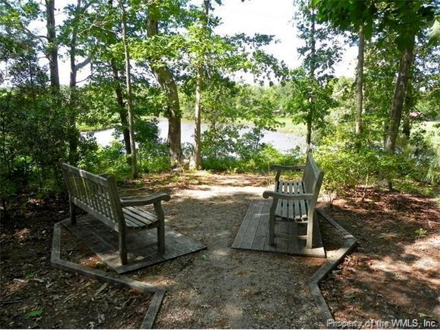 4357 Landfall Drive, Williamsburg, VA 23185 (MLS #1802060) :: Chantel Ray Real Estate