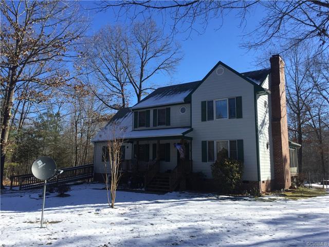 17707 Loving Union Road, Disputanta, VA 23842 (MLS #1802076) :: Chantel Ray Real Estate