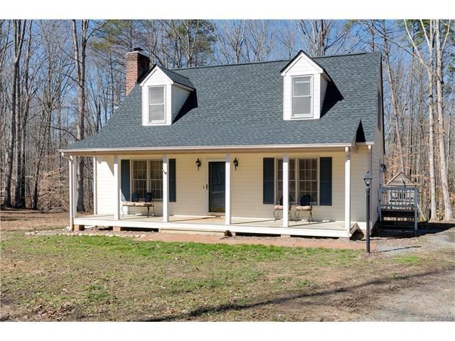 2505 Courthouse Creek Road, Maidens, VA 23102 (MLS #1803544) :: RE/MAX Commonwealth