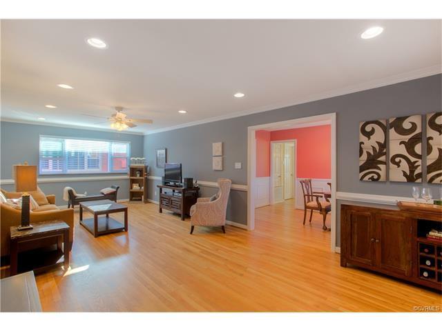 3416 Grove Avenue #21, Richmond, VA 23221 (MLS #1804000) :: RE/MAX Action Real Estate