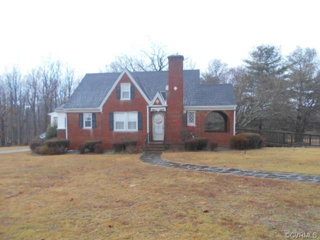 16785 W James Anderson Highway, Dillwyn, VA 23936 (#1805051) :: Abbitt Realty Co.