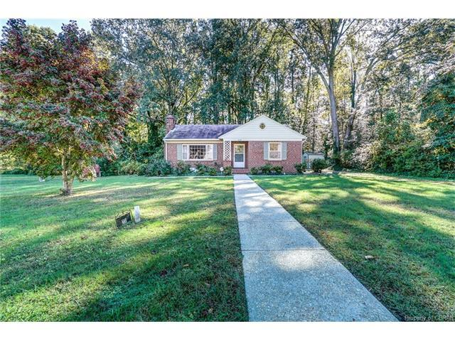 231 Roseneath, Kilmarnock, VA 22482 (#1805124) :: Abbitt Realty Co.