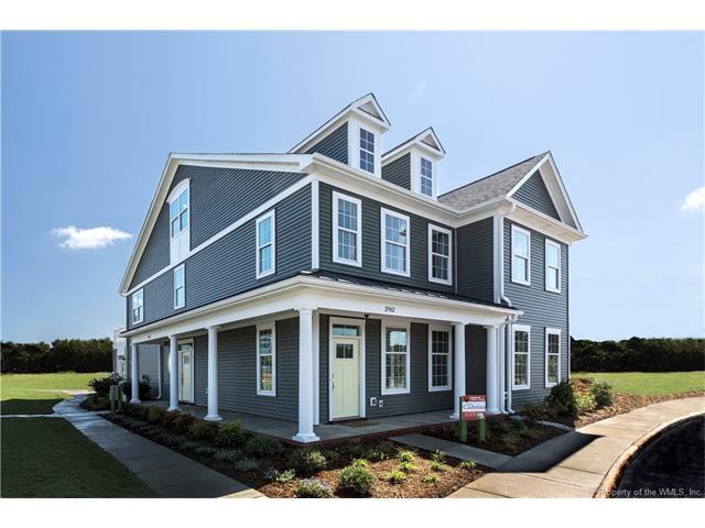 2402 Queens Path 24-2, Williamsburg, VA 23185 (MLS #1805303) :: RE/MAX Action Real Estate