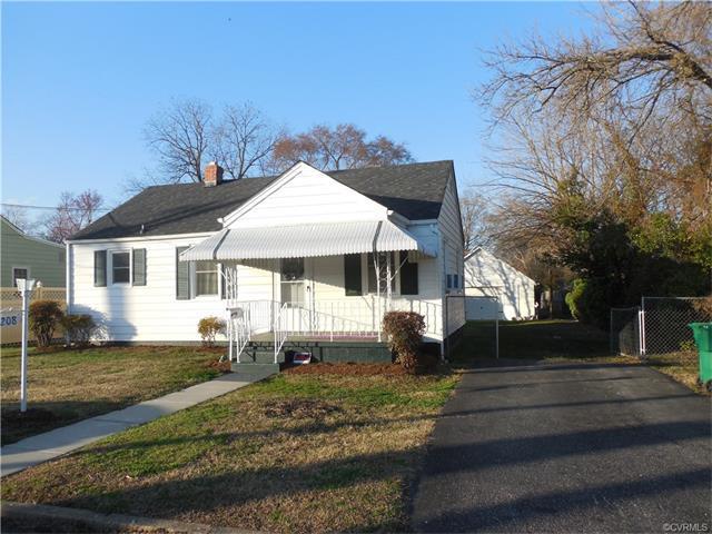 208 W Westover Avenue, Colonial Heights, VA 23834 (#1805764) :: Abbitt Realty Co.