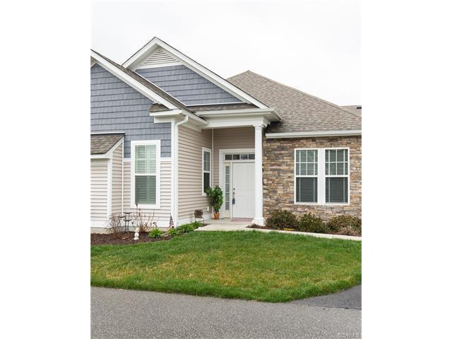 5728 Magnolia Shore Lane 15-2, Chester, VA 23831 (MLS #1807493) :: RE/MAX Action Real Estate