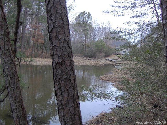 15 Pine Reach Drive, Kilmarnock, VA 22482 (#1807494) :: Abbitt Realty Co.