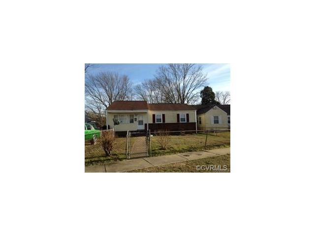 2210 Ferndale Avenue, Petersburg, VA 23803 (MLS #1807824) :: RE/MAX Action Real Estate