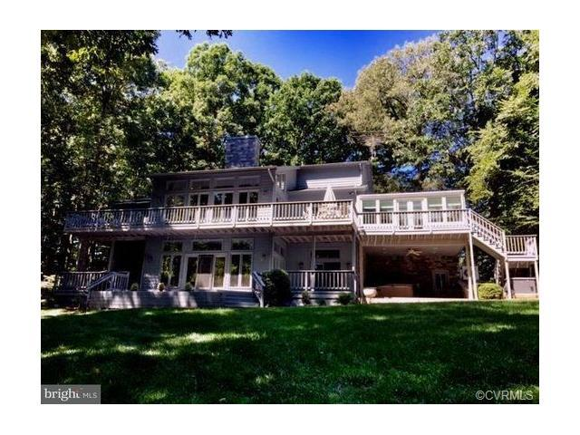 142 Renfrew Circle, Mineral, VA 23117 (MLS #1808267) :: Chantel Ray Real Estate