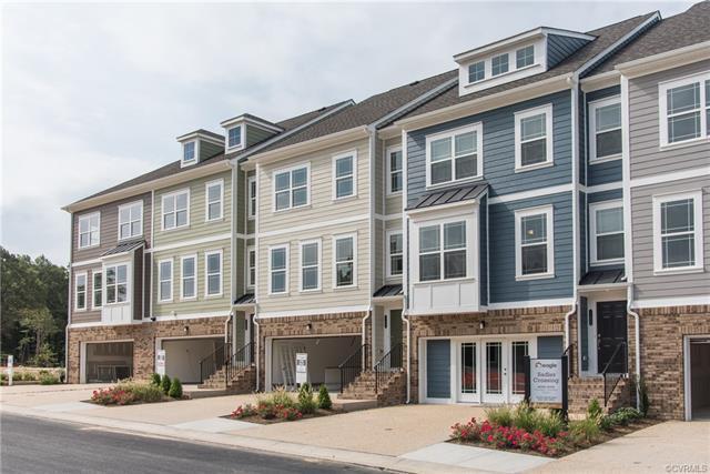11456 Hayloft Court 4J, Glen Allen, VA 23060 (MLS #1808791) :: Chantel Ray Real Estate