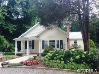 15361 Beaverdam School Road, Ruther Glen, VA 23015 (MLS #1808989) :: Chantel Ray Real Estate