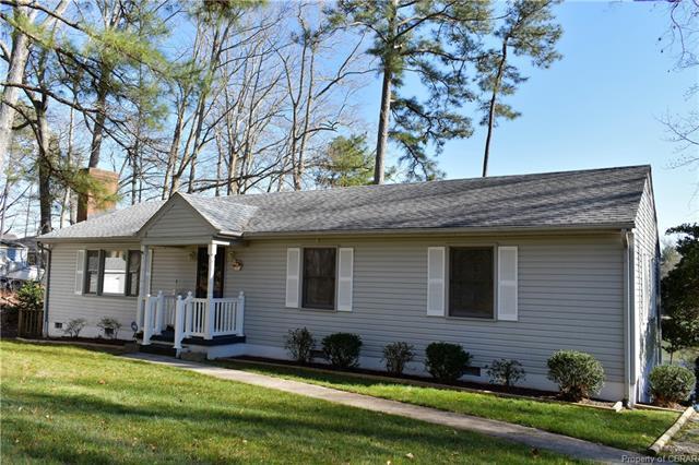 173 Walton Drive, Topping, VA 23169 (MLS #1809071) :: Chantel Ray Real Estate