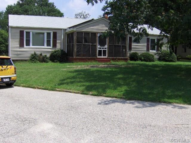 3207 Jackson Farm Road, Hopewell, VA 23860 (#1809128) :: Resh Realty Group