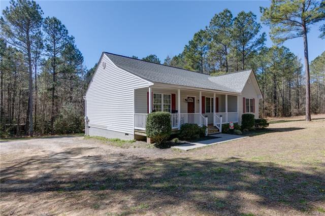 24540 Baugh Road, Dinwiddie, VA 23882 (MLS #1809129) :: Chantel Ray Real Estate