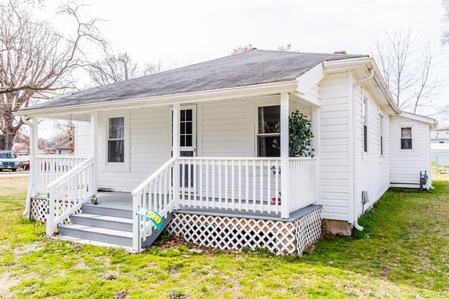 201 Woodbine Street, Hopewell, VA 23860 (#1809556) :: Resh Realty Group