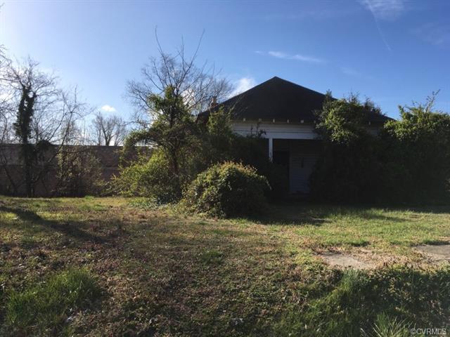 334 E Cawson, Hopewell, VA 23060 (MLS #1810150) :: Chantel Ray Real Estate