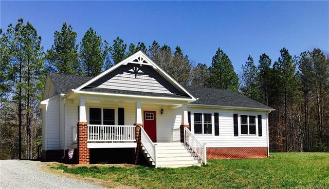 454 Manchester Road, Bumpass, VA 23024 (MLS #1811145) :: Chantel Ray Real Estate
