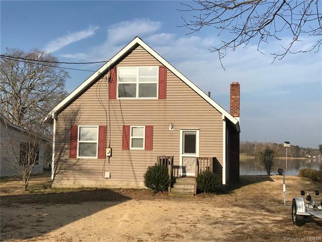 398 Shore Drive, Hartfield, VA 23071 (#1811368) :: Abbitt Realty Co.