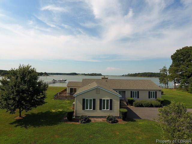 995 Smith Point Road, Reedville, VA 22539 (#1811482) :: Green Tree Realty