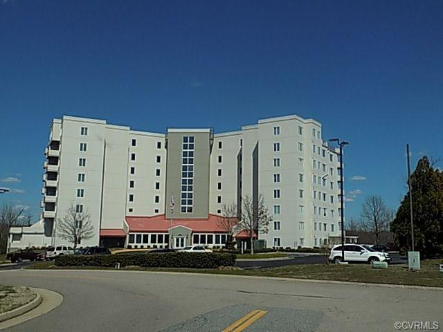 301 Beacon Ridge Drive #202, Hopewell, VA 23860 (MLS #1811503) :: Chantel Ray Real Estate